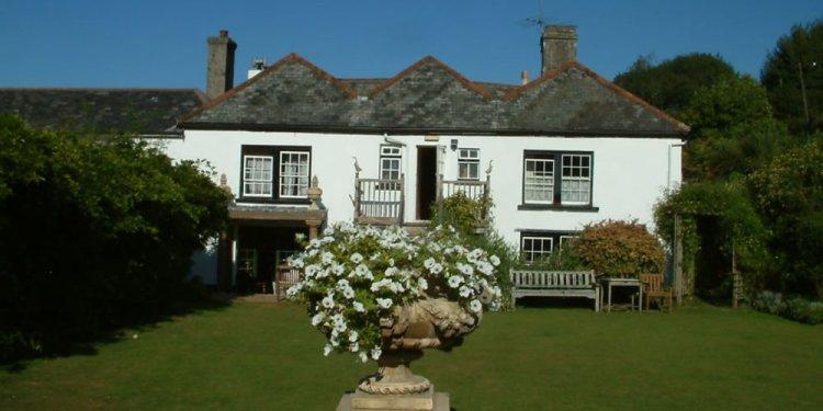 Park, Totnes, Devon, TQ9
